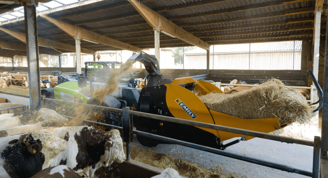 Mounted Straw Blower with turbine