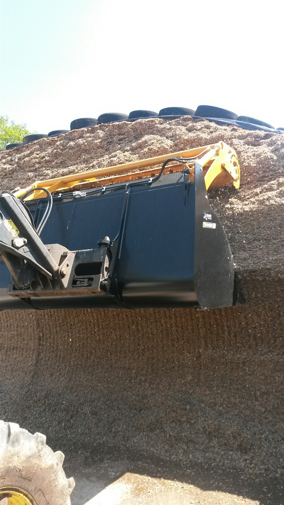Silage cutting attachments