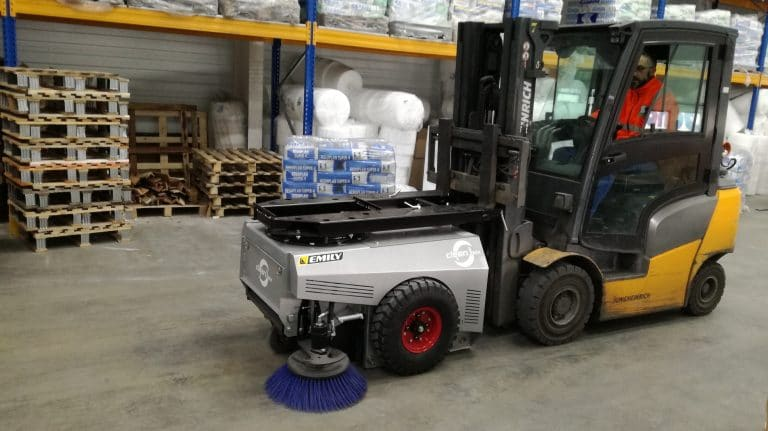 Forklift sweeper collector without connection – Indoor cleaning Clean'Box